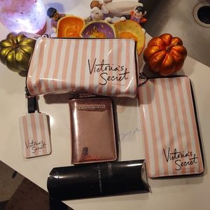 Awesome Victoria's Secret Bundle! New🗼❤️🎃